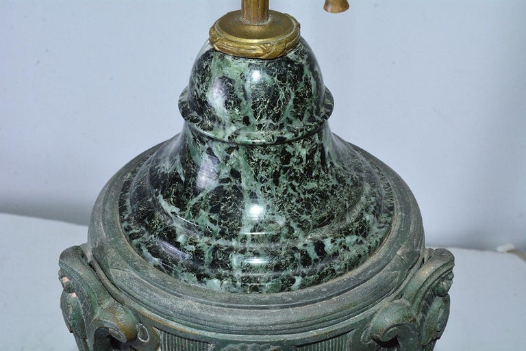 Antique Italian Marble and Bronze-Mounted Table Lamp In Good Condition For Sale In Great Barrington, MA