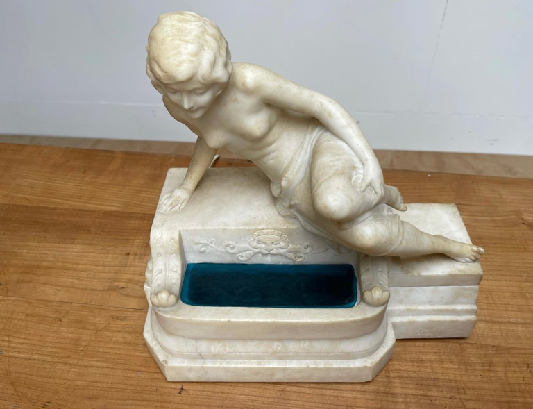 Hand-Crafted Antique Italian Marble Figure of a Female Nude by Emilio P. Fiaschi Table Lamp  For Sale
