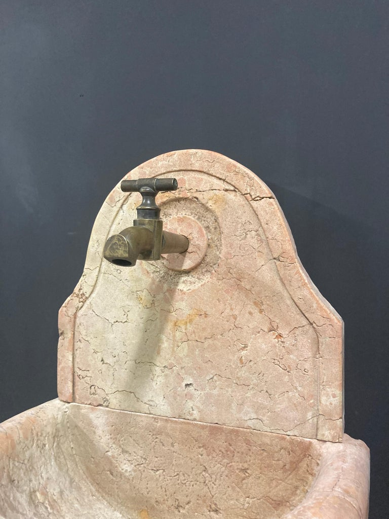 19th Century Antique Italian Marble Fountain For Sale