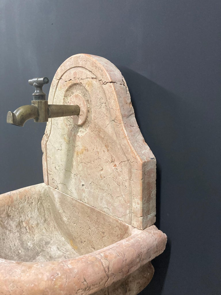 Antique Italian Marble Fountain For Sale 4