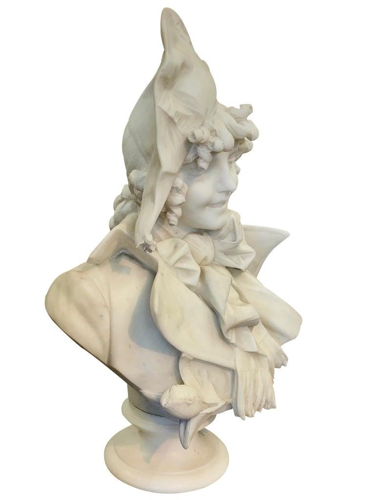Antique Italian marble sculpture of a smiling lady by Ferdinando Vichi In Excellent Condition In Los Angeles, CA