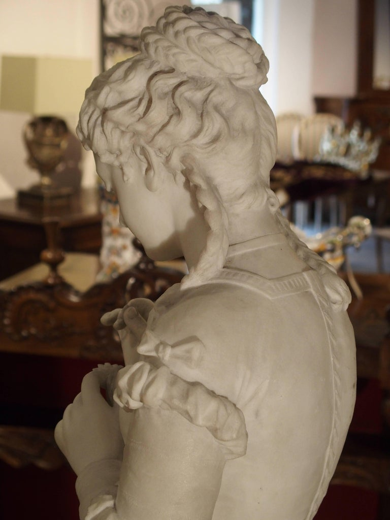 Antique Italian Marble Statue of a Woman, Late 19th Century For Sale 7