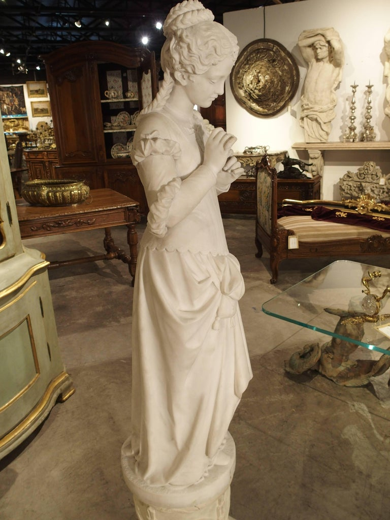 Antique Italian Marble Statue of a Woman, Late 19th Century For Sale 1