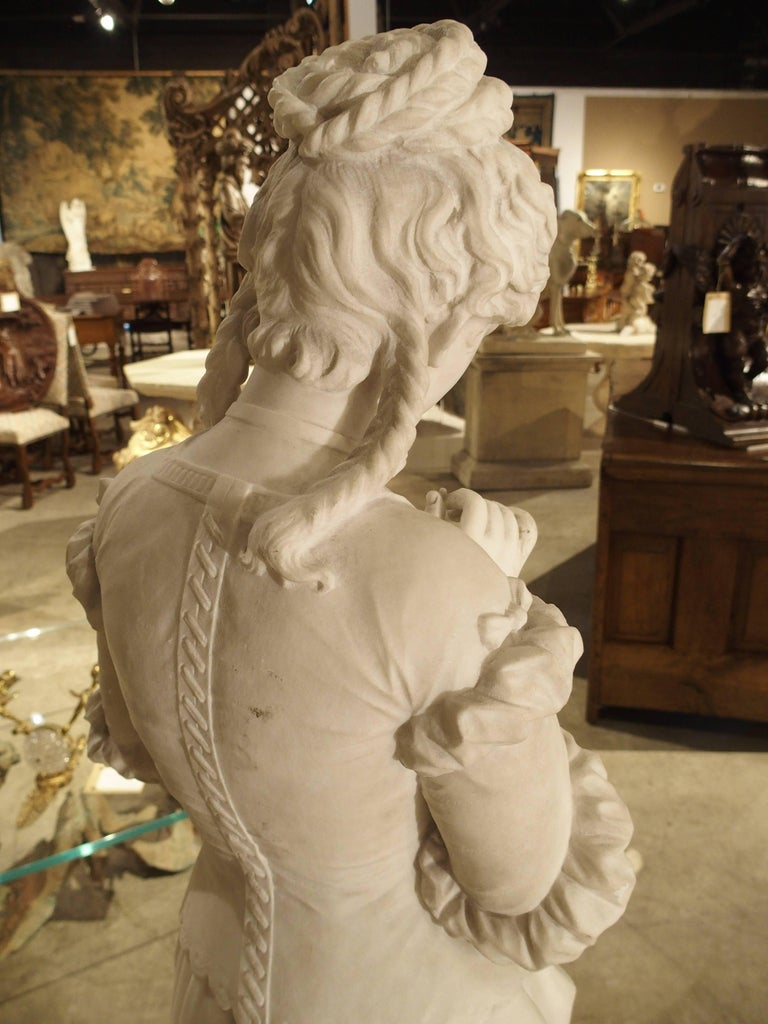 Antique Italian Marble Statue of a Woman, Late 19th Century For Sale 3