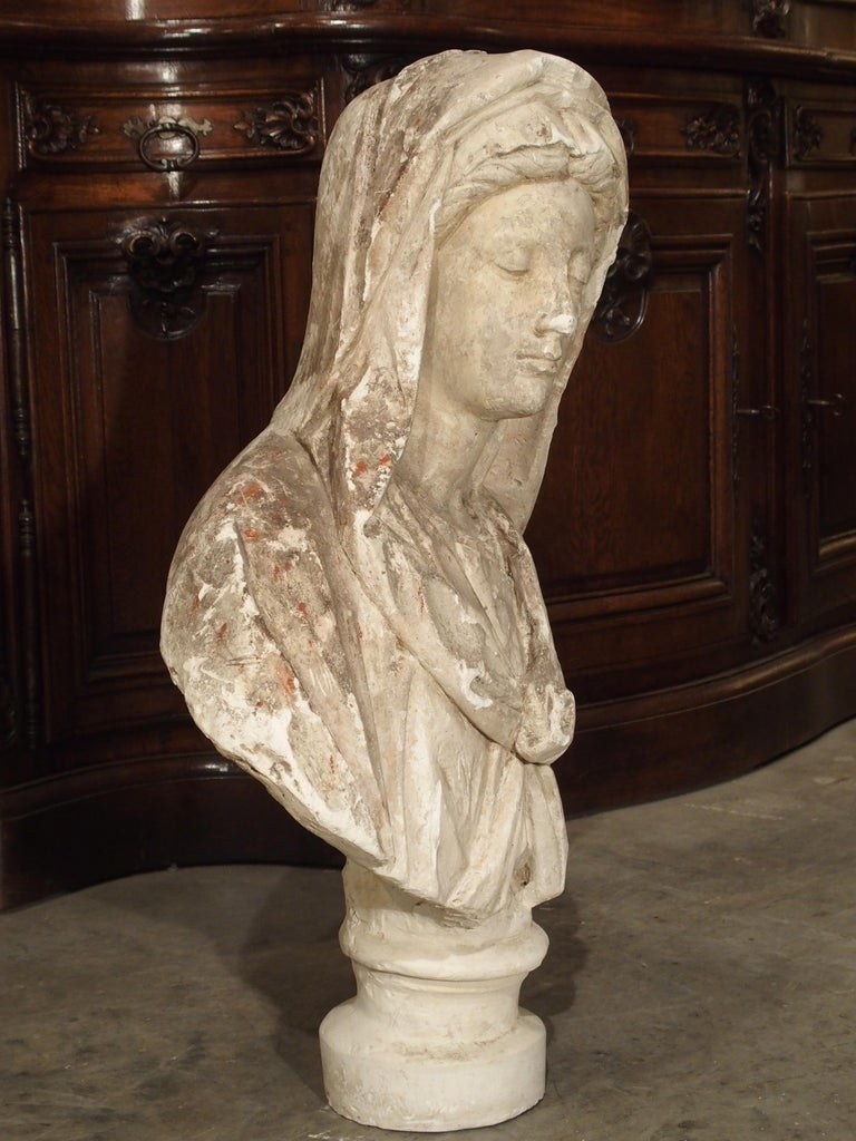 Antique Italian Plaster Bust of a Woman, circa 1890 For Sale 2