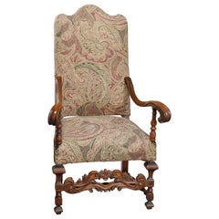 Antique Italian Renaissance Revival Style Carved Walnut Throne Chair, circa 1900