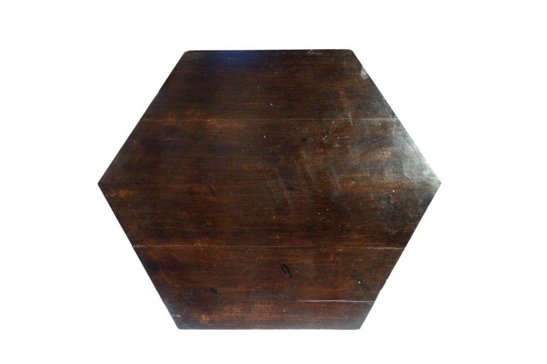 19th Century Italian Renaissance Style Griffon Carved Walnut Hexagonal Table For Sale 14