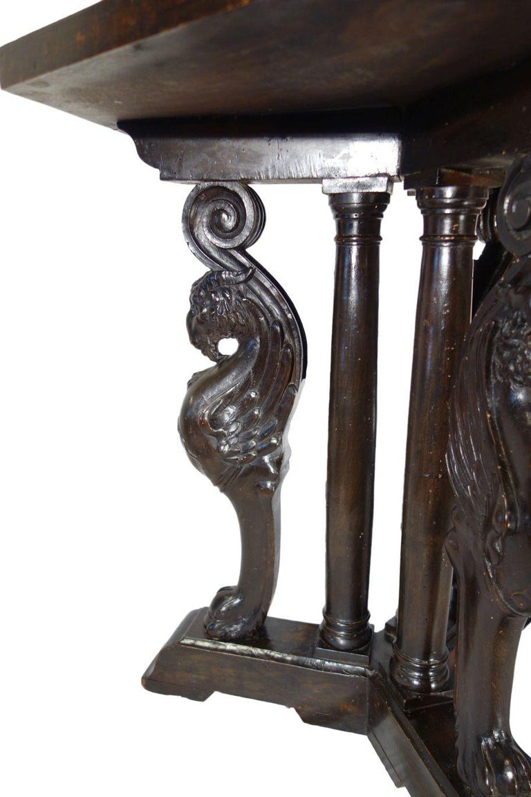 19th Century Italian Renaissance Style Griffon Carved Walnut Hexagonal Table In Good Condition For Sale In Encinitas, CA