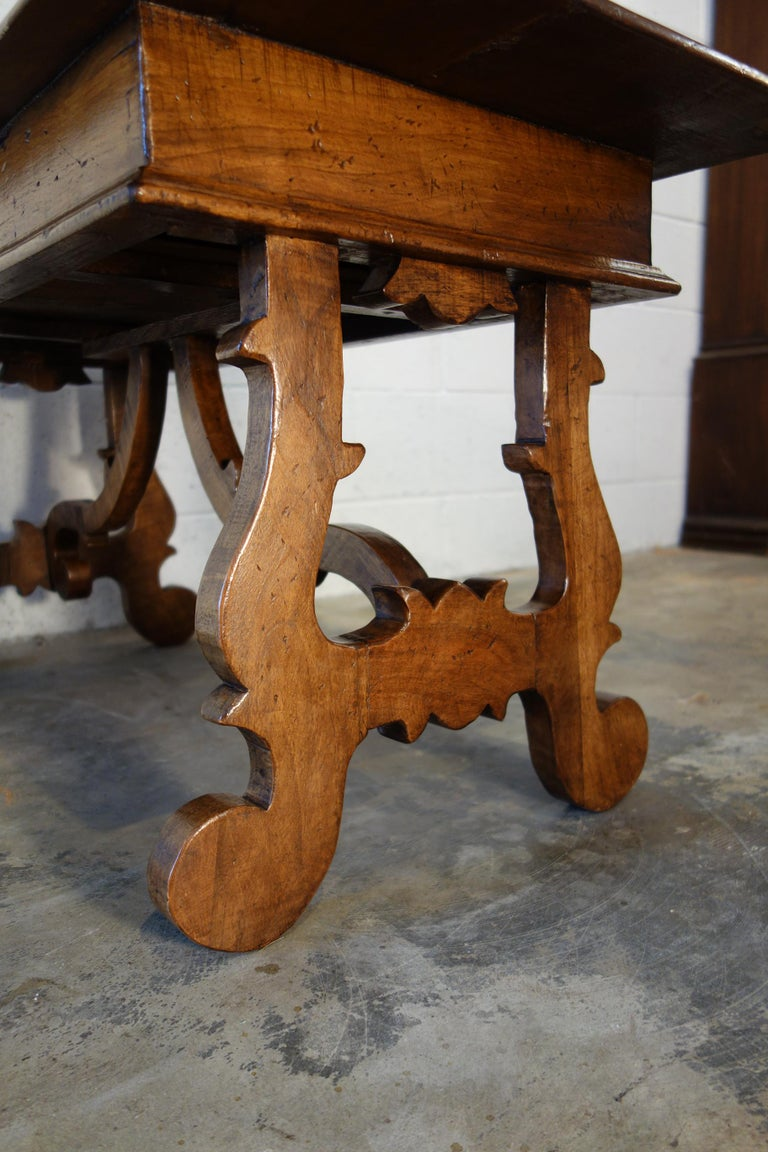 17th Century Style Italian Refectory Old Walnut Coffee Table with Single Drawer For Sale 5