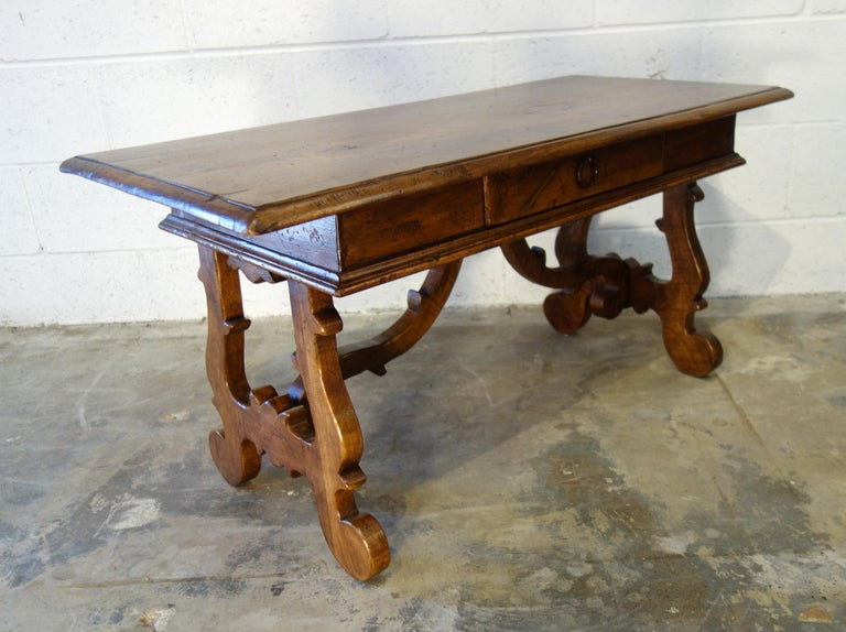 17th Century Style Italian Refectory Old Walnut Coffee Table with Single Drawer For Sale 6