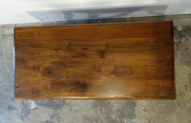 17th Century Style Italian Refectory Old Walnut Coffee Table with Single Drawer For Sale 8