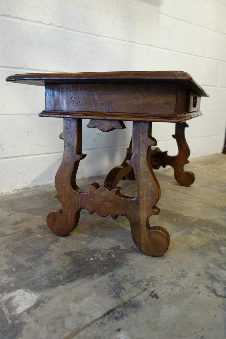 17th Century Style Italian Refectory Old Walnut Coffee Table with Single Drawer For Sale 1