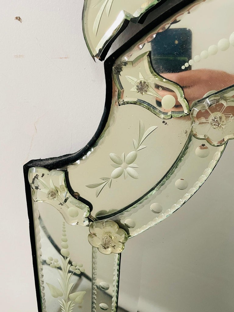 Antique Italian Venetian Etched Glass Mirror For Sale 1
