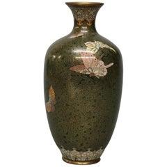 Antique Japanese Aesthetic Meiji Cloisonne Vase, circa 1900