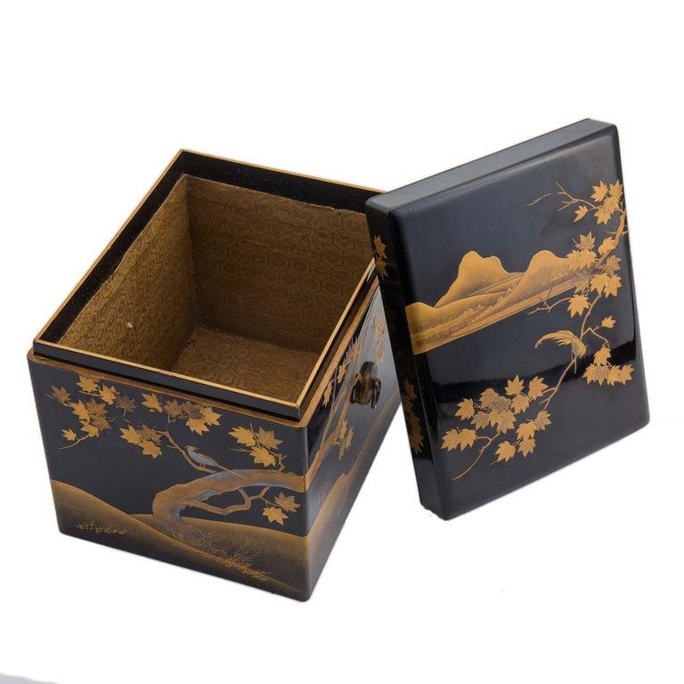 19th Century Antique Japanese Black Lacquer Noh Mask Box with Gold Maki e Design, Edo Period For Sale