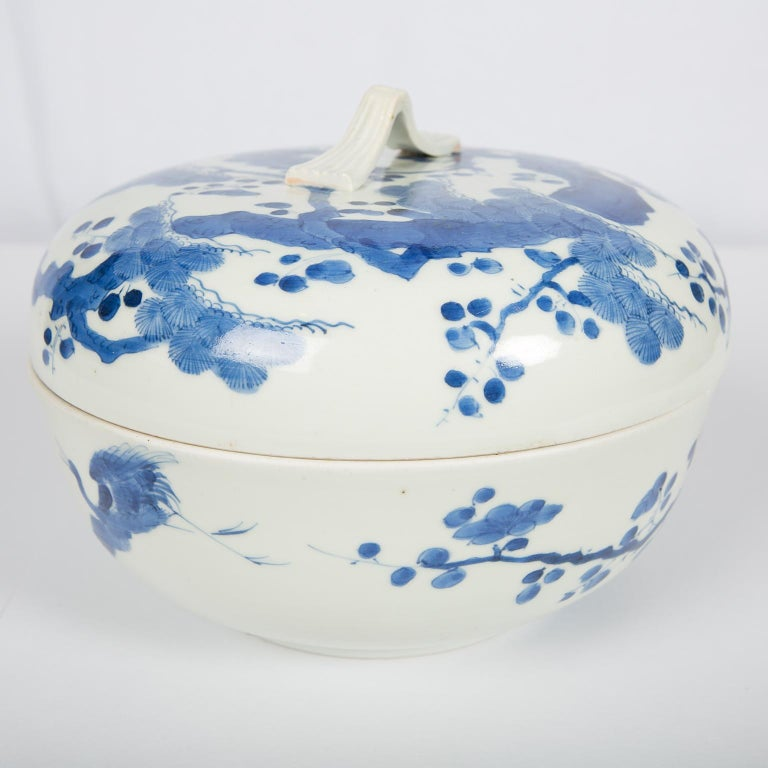 Antique Japanese Blue and White Porcelain Bowl circa 1760 For Sale 5