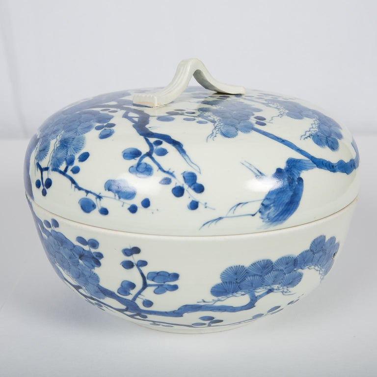 Antique Japanese Blue and White Porcelain Bowl circa 1760 For Sale 2