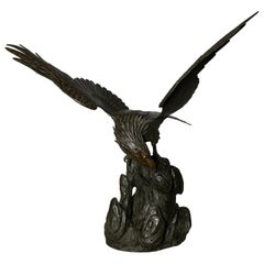 Antique Japanese Bronze Eagle from the Meiji Period, 19th Century