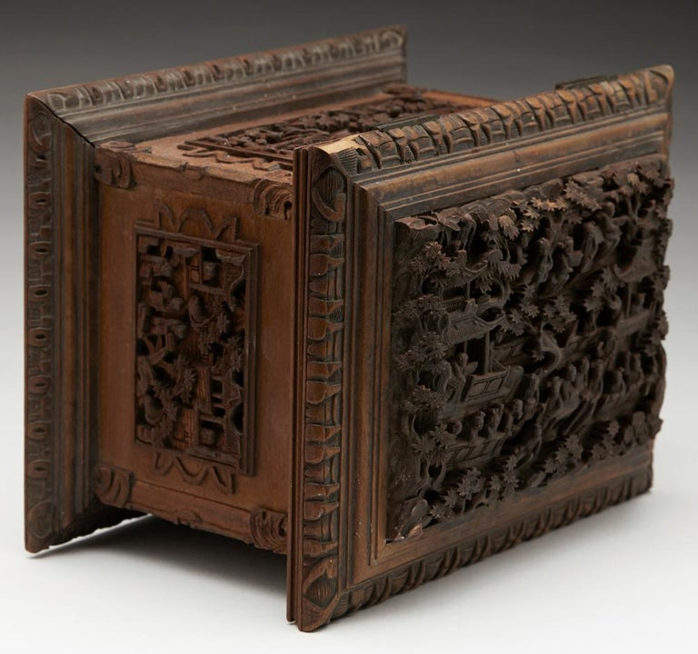 Antique Chinese Canton Carved Wooden Jewelry Box, 19th Century In Good Condition For Sale In Bishop's Stortford, Hertfordshire