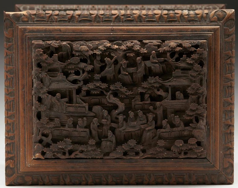 Antique Chinese Canton Carved Wooden Jewelry Box, 19th Century For Sale 2