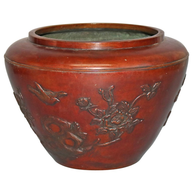 Antique Japanese Embossed Bronze Jardinière with Garden Scene, circa 1920 For Sale