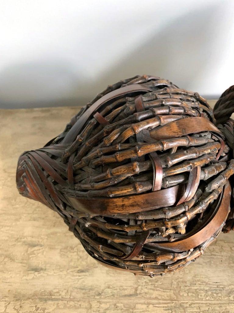 Antique Japanese Gourd Shape Bamboo Ikebana Basket In Good Condition For Sale In Atlanta, GA