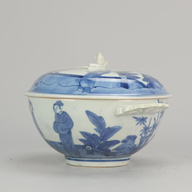 A rare Porcelain tureen after Chinese Kangxi example!