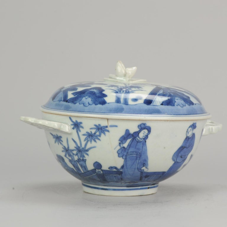 Chinese Antique Japanese Tureen circa 1680-1710 Arita Japan Porcelain Tureen For Sale