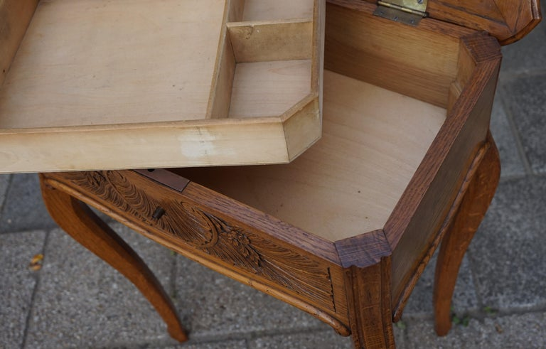 Antique Jewelry or Side Table with Geometric Inlay & Hand-Carved Shell & Flowers For Sale 2