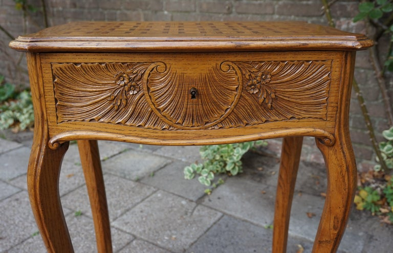Louis XVI Antique Jewelry or Side Table with Geometric Inlay & Hand-Carved Shell & Flowers For Sale