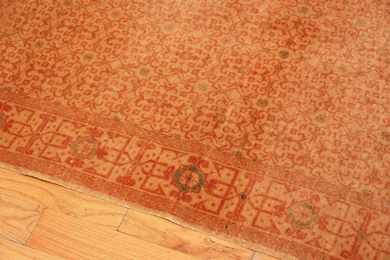 Antique Kashan Persian Rug In Good Condition For Sale In New York, NY