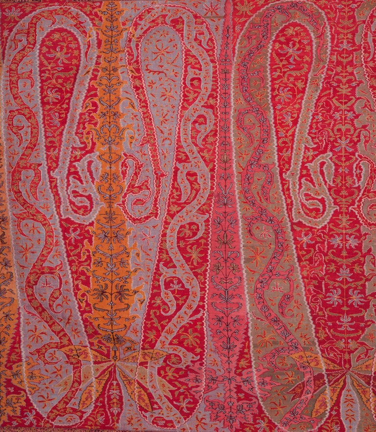 Antique Kashmir Long Shawl from India Early 19th Century, 1830s In Good Condition For Sale In Istanbul, TR