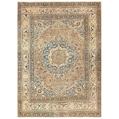 Antique Khorassan Persian Rug. Size: 9 ft 4 in x 13 ft 2 in (2.84 m x 4.01 m)
