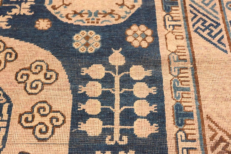 Antique Khotan Samarkand Oriental Rug or Carpet For Sale 1