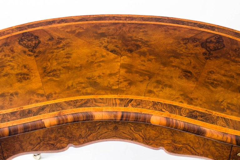 Mid-19th Century Antique Kidney Writing Table Desk Bureau Plat by Gillow, 19th Century For Sale