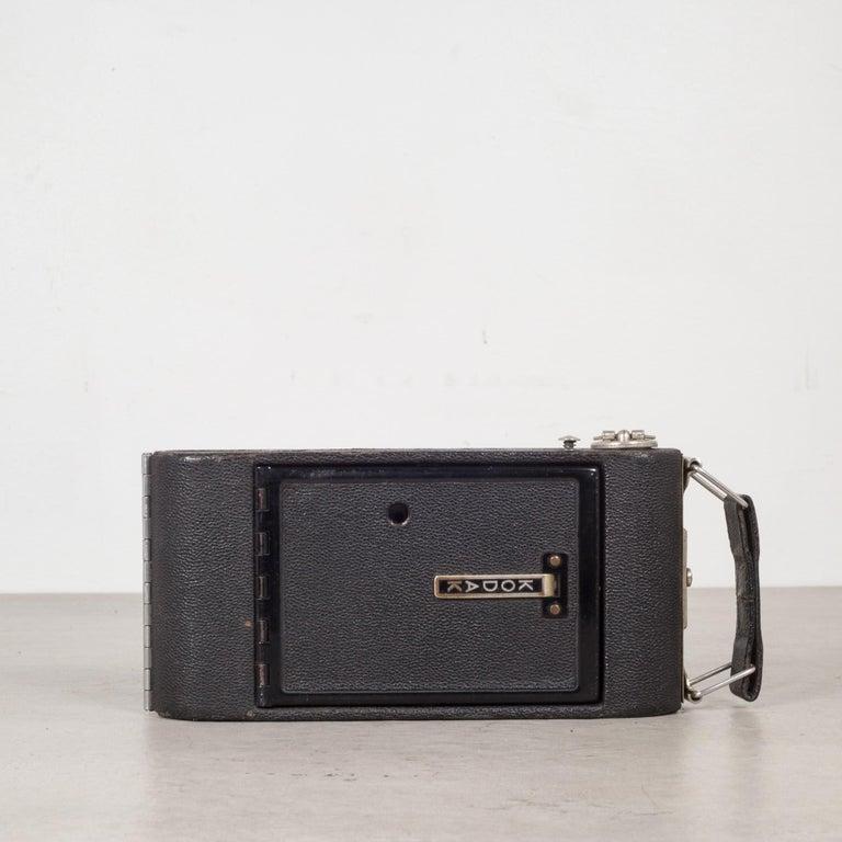 Leather Antique Kodak Jr. Six-16 Series ll Folding Camera, circa 1937-1940 For Sale