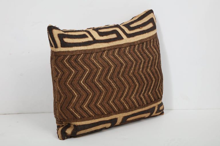 Antique Kuba Cloth Pillow In Good Condition For Sale In New York, NY