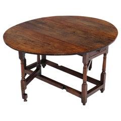 Antique Large 18th Century Oak Gate-Leg Drop-Leaf Dining Table