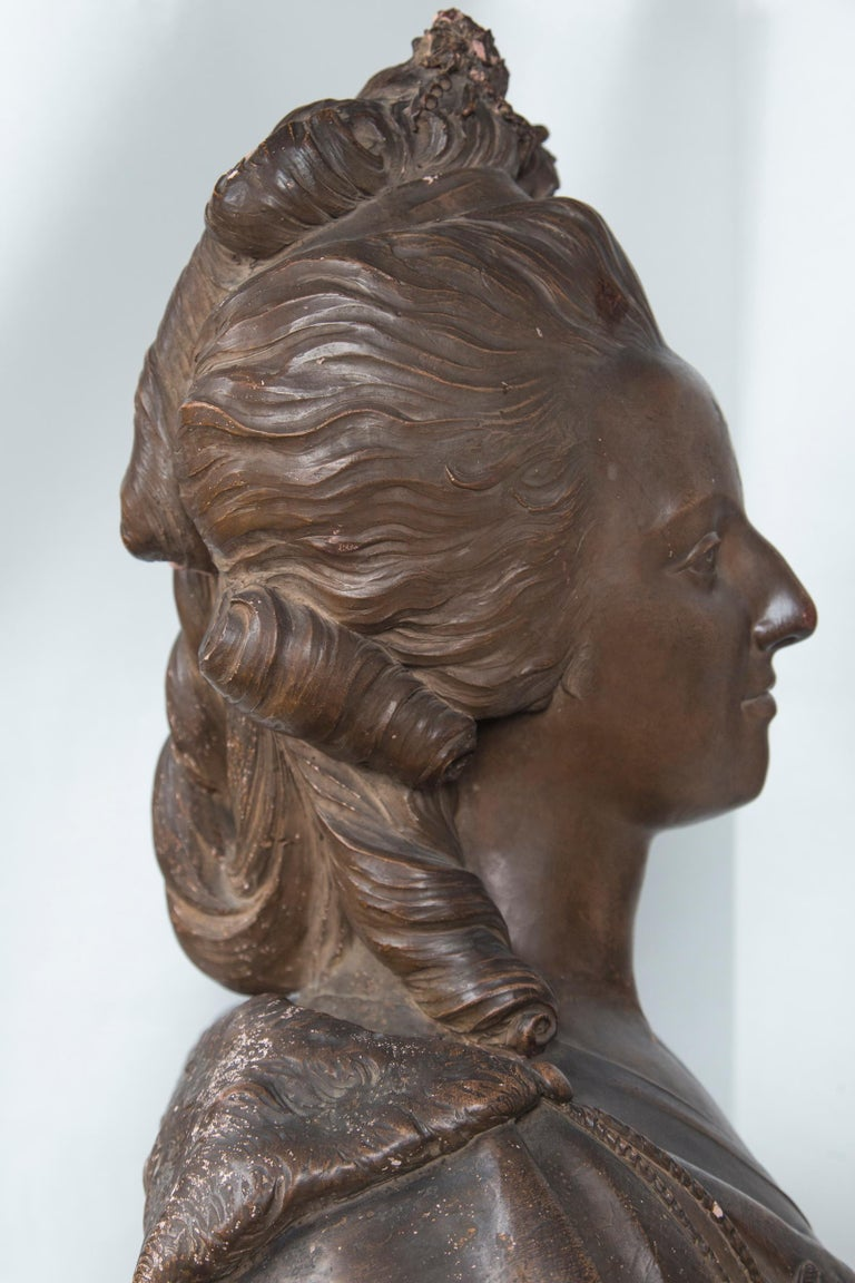 19th Century Antique Large Bust in Terracotta of Marie Antoinette For Sale