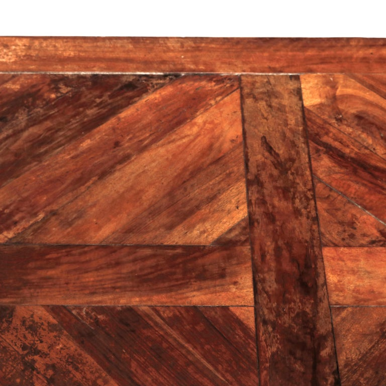 Large Continental Parquetry Inlaid Walnut Draw-Top Dining Table, circa 1900 For Sale 5