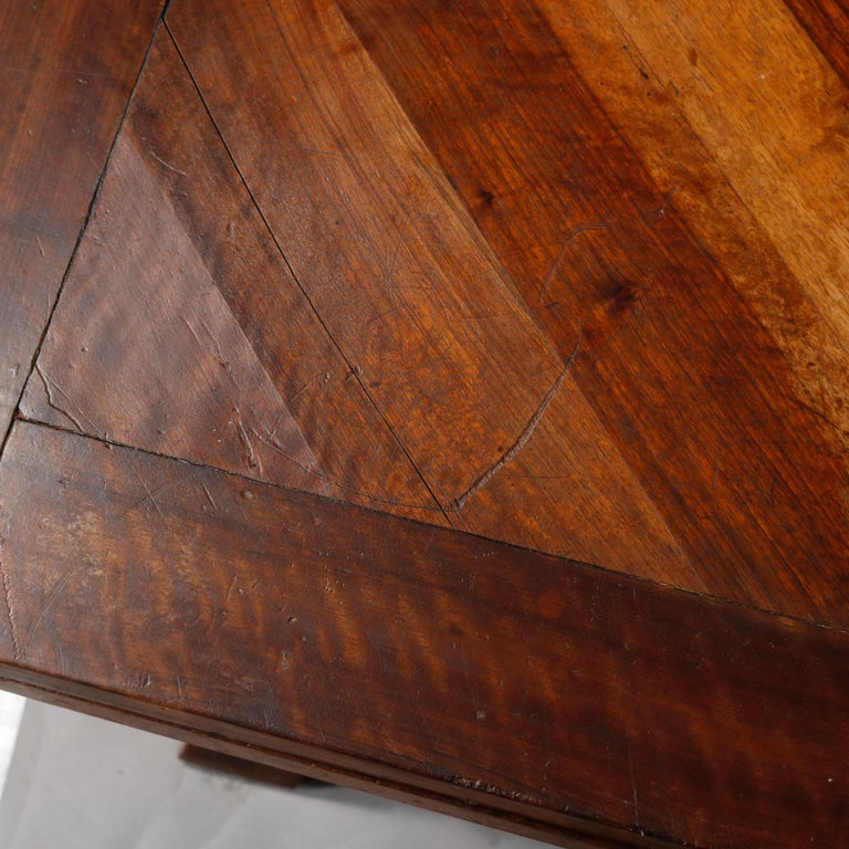 Large Continental Parquetry Inlaid Walnut Draw-Top Dining Table, circa 1900 For Sale 6