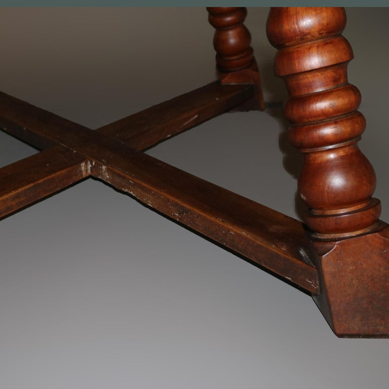 Large Continental Parquetry Inlaid Walnut Draw-Top Dining Table, circa 1900 For Sale 14