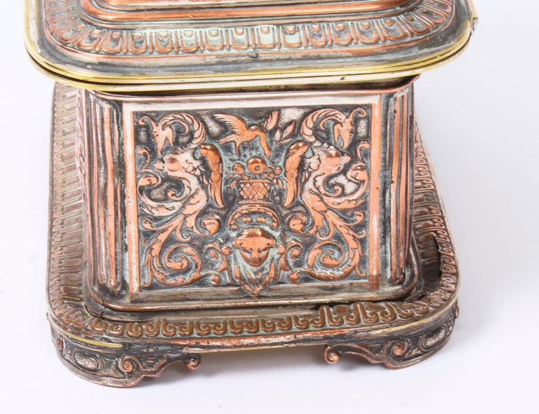 Antique Large French Gilt and Copper Casket 19th Century For Sale 5