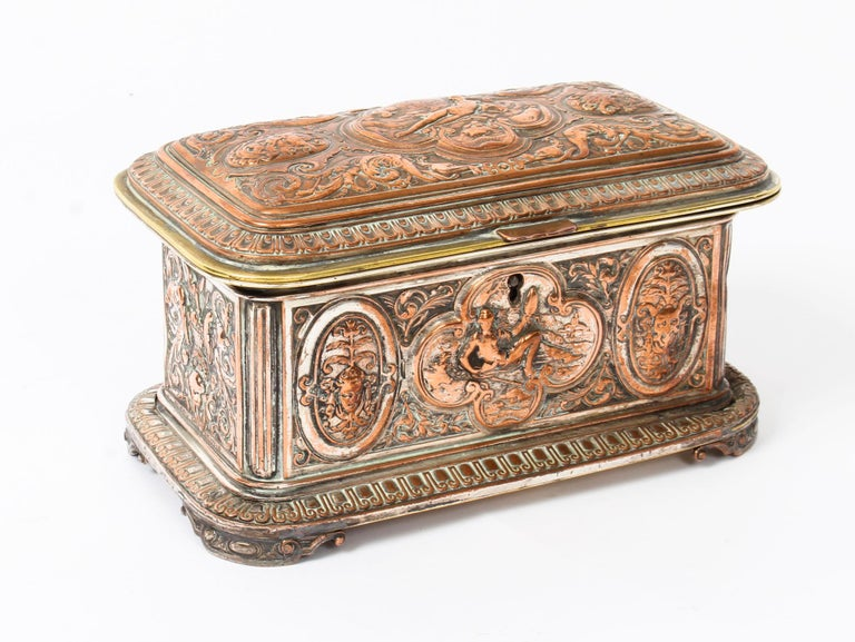 Antique Large French Gilt and Copper Casket 19th Century For Sale 11