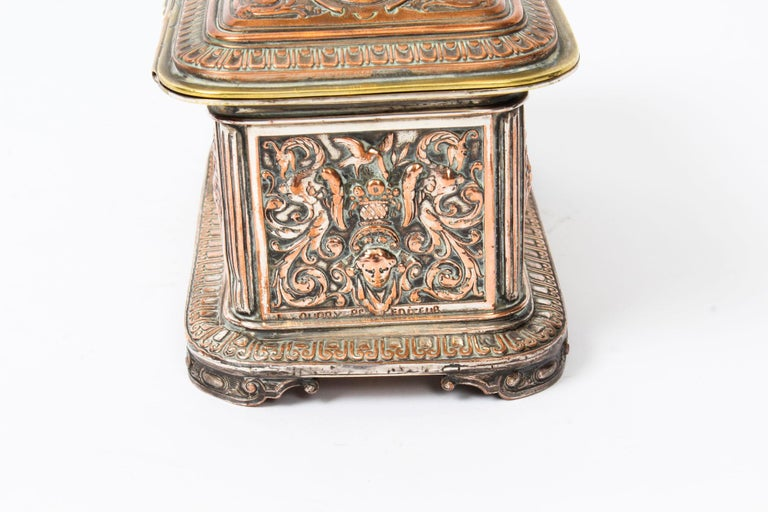 Antique Large French Gilt and Copper Casket 19th Century For Sale 1
