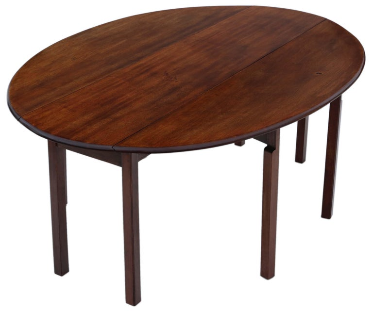 Antique large mahogany gate leg wake dining table, circa 1920.  A lovely quality table.  An attractive table that is solid, strong and has no loose joints or woodworm.  Would look amazing in the right location!  Overall maximum dimensions: