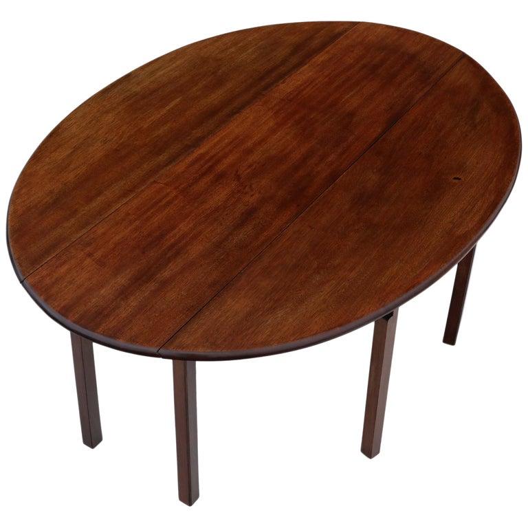Antique Large Mahogany Gateleg Wake Dining Table For Sale