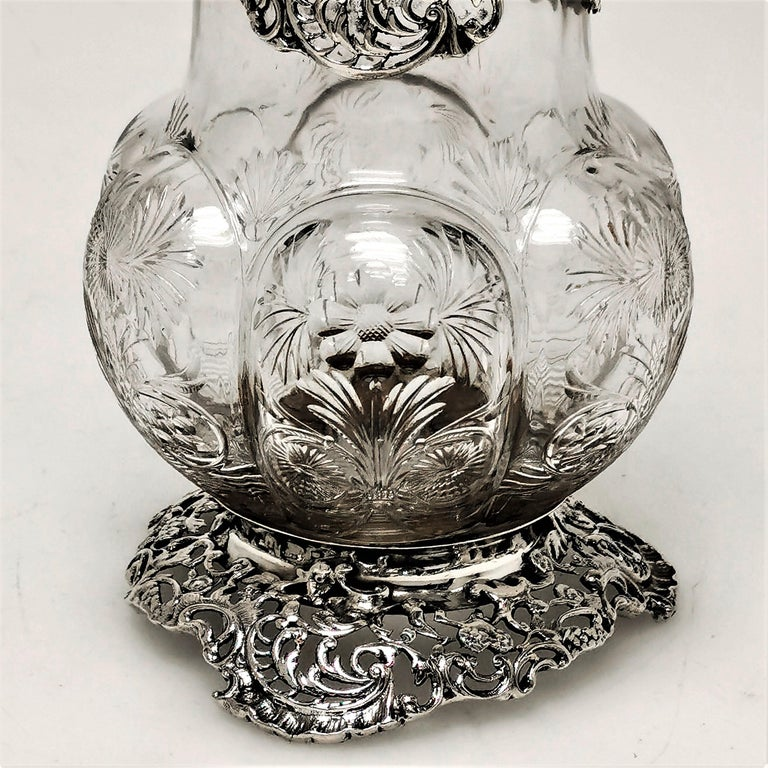 Antique Large Sterling Silver & Cut Glass Caster / Shaker 1901 In Good Condition For Sale In London, GB