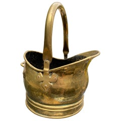 Antique Late Victorian Brass Coal Bucket with Fleur-de-Lis Fittings, circa 1900