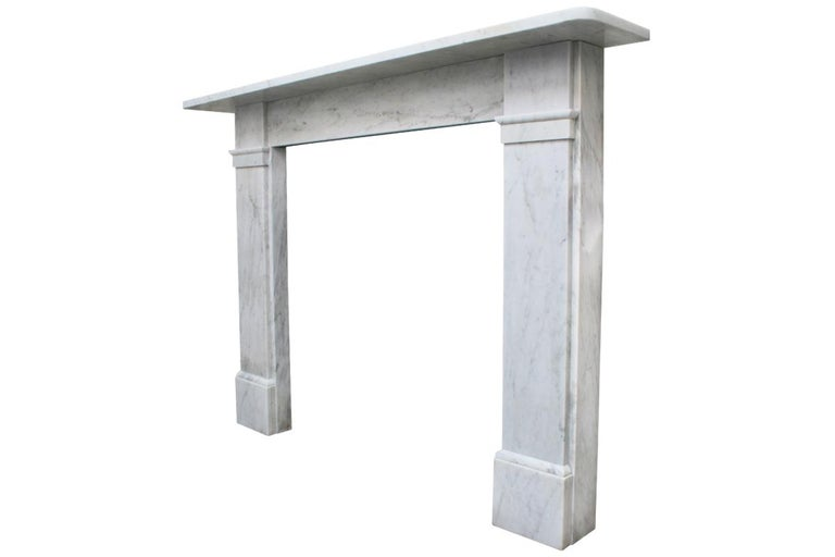 Antique late Victorian Carrara Marble Fireplace Surround In Good Condition For Sale In Manchester, GB